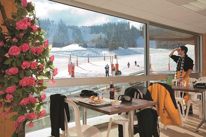 cafeteria_slalom_faucille
