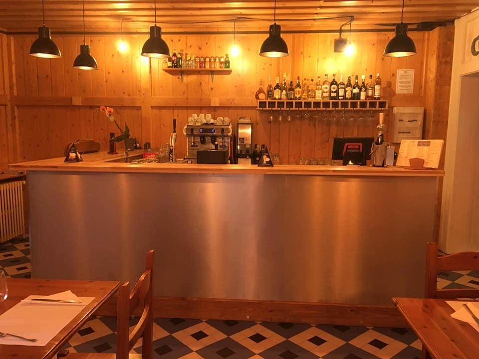 Le Bar – 100'Ain